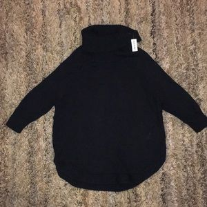NWT Maternity Old Navy Turtle Neck Sweater Size M